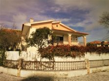 Detached 5 bedroom house near the sea, Caldas da Rainha