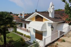 Spacious house (5 beds) in good condition with garden, Avelãs de Cima, Anadia