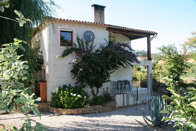 Price reduction: Home with guest house and outbuildings, Gaiate, Miranda do Corvo