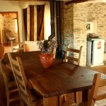 Self-catering quinta with house and guest house on brook, Benfeita, Arganil