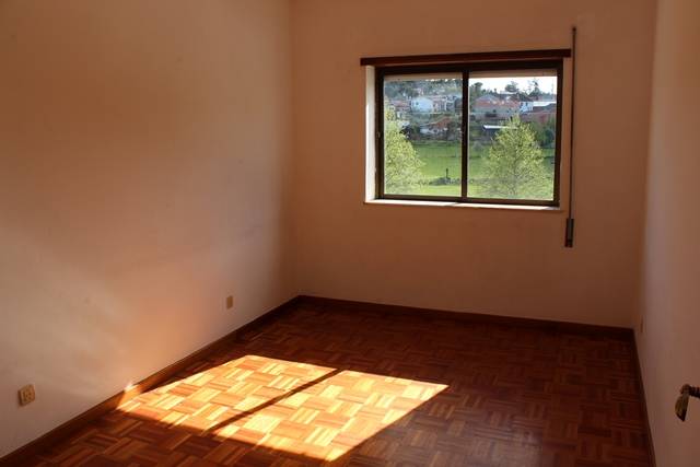 Three bed apartment in Tábua