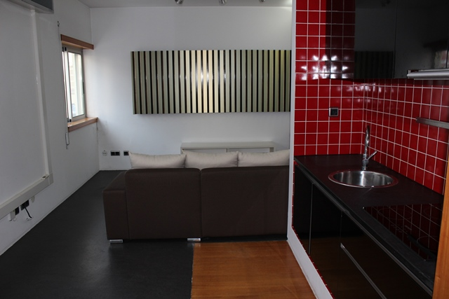 One bedroom apartment with double garage space in the center of Tábua