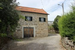 Detached granite house with beautiful view, Andorinha, Oliveira do Hospital