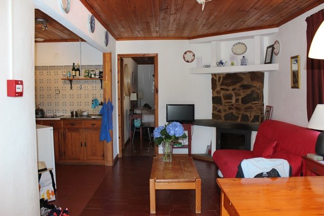 Charming B&B with two houses on the river Alvoco, Alvoco das Várzeas, Oliveira do Hospital