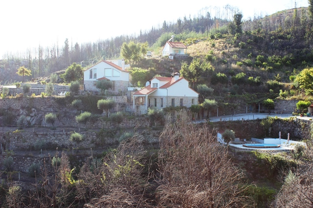 Quinta with three houses and spectacular views, Senhor das Almas, Oliveira do Hospital